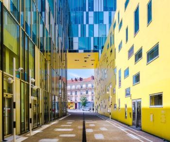 Cité des affaires de Saint-Étienne. Architecte : Manuelle Gautrand. 2010