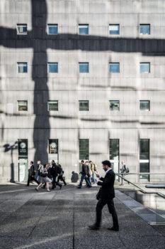 Passage de l'Arche. Architecte : Jean-Pierre Buffi. 1990. La Défense / Puteaux