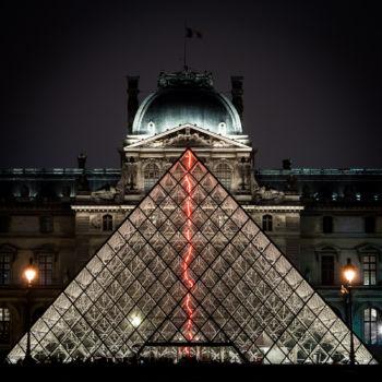 Musée et pyramide du Louvre 2. Architecte : Ieoh Ming Pei
