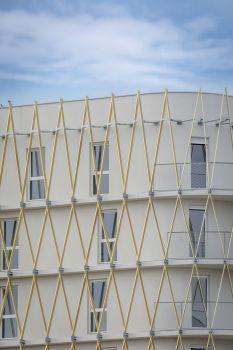 Vibration de façade pour le bâtiment de TETRARC dans l'écoquartier Ginko 2
