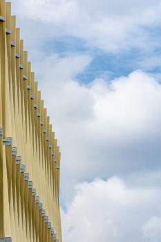 Vibration de façade pour le bâtiment de TETRARC dans l'écoquartier Ginko