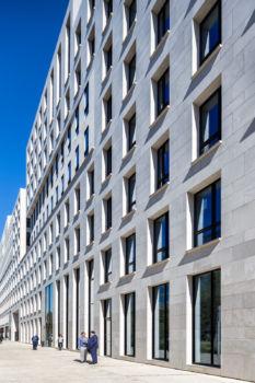 Ardeko à Boulogne-Billancourt. Architectes : Baumschlager Eberle / Bernhardt Curk Architectes