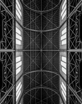 Église Notre-Dame du Travail à Paris. Architecte : Jules-Godefroy Astruc. 1902