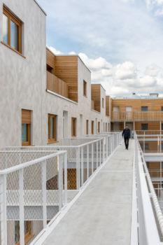 AAVP - Vincent Parreira - Immeuble Less à Paris - 13