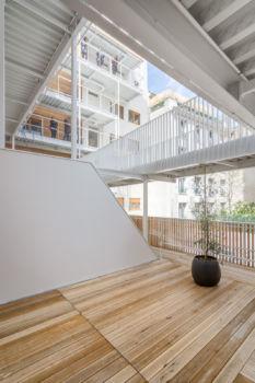 AAVP - Vincent Parreira - Immeuble Less à Paris - 16